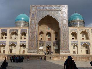 deux facettes ouzbek