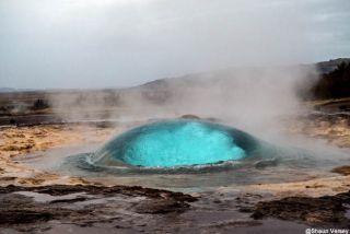 Le geyser Strokkur