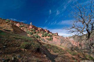 Maroc Au pays du Toubkal au rythme des Tazerdounes