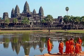 Temples d'Angkor et moines bouddhistes