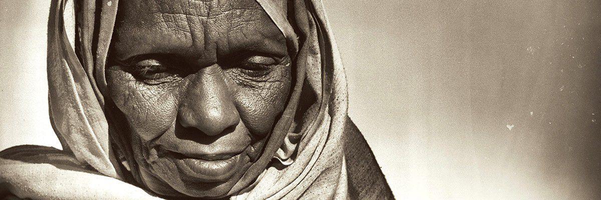 Vieille femme toubou - Emi Koussi - Tchad © Norbert Sayou